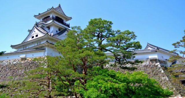 NHK大河ドラマ「龍馬伝」でも有名な高知城